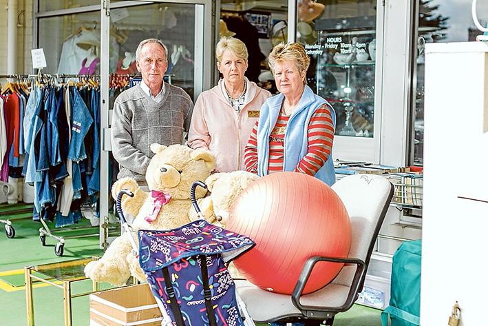Stolen donations: Op shop president Graham Fitzgerald, Pam Schmitter and Jan Lez despair at actions of callous 'customers'. Picture: Yanni