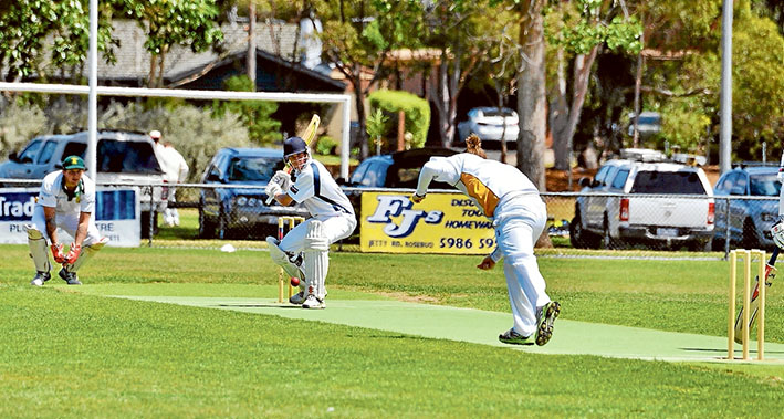 Fast swinger: Tootgarook's faster bowlers tried intimidating pace to break Rosebud, but even those deliveries were answered. Picture: Rab SiddhiFast swinger: Tootgarook's faster bowlers tried intimidating pace to break Rosebud, but even those deliveries were answered. Picture: Rab Siddhi