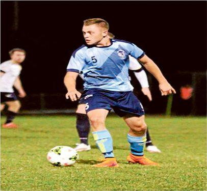 Pines felled: Frankston Pines midfielder Matt Davis. Picture. Picture: Paul Seeley