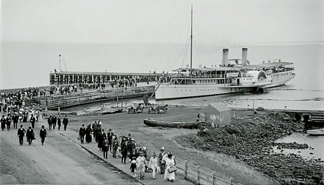 Mornington pier 1