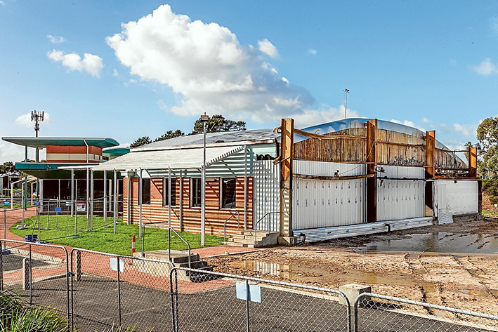 Alternative accommodation: Mornington Peninula Shire has made arrangements for the continuation of activities normally held at the Somerville Community and Recreation Centre stadium. Picture: Gary Sissons