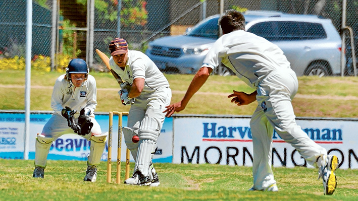 Ladder leaders: Peninsula Old Boys notched up an easy victory against Mornington, scoring 319 runs in their 80 overs. Picture: Rab Siddhi