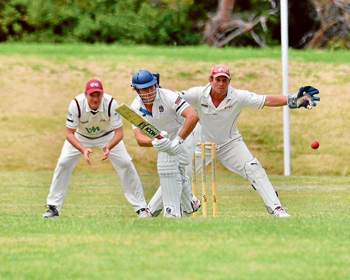 Flinders falter: (left and above) The home side scored just 127 runs, and now have Red Hill nipping at their heels. Pictures: Rab Siddhi